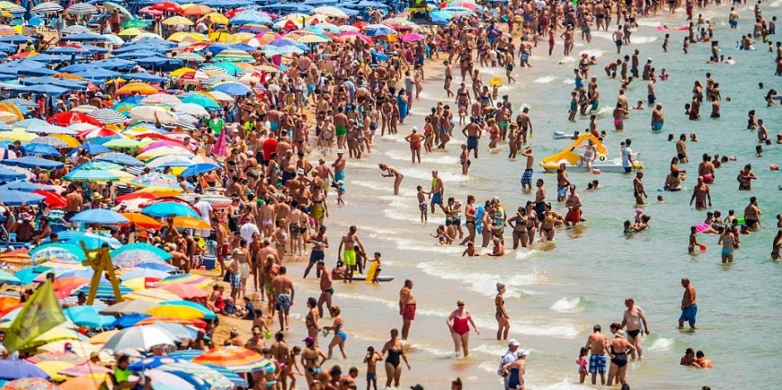 Spain shattered its own tourism record in 2016